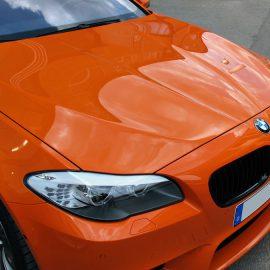BMW M5 mit Teilfolierung schwarz/glänzend