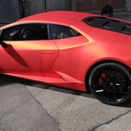 Lamborghini Huracan, Vollfolierung, Rotchrom matt