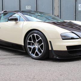 Bugatti Veyron, teilfoliert