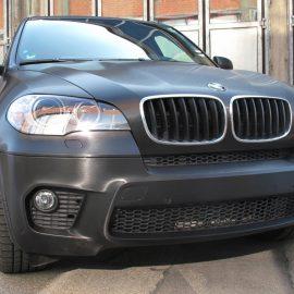 BMW X5 - Komplettfolierung in schwarz metallic gebürstet