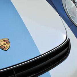 Folierung pearlescent blue, Streifen hell/dunkelblau matt, Porsche GT997GT3